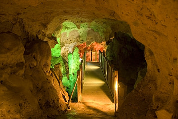 Green Grotto Cave